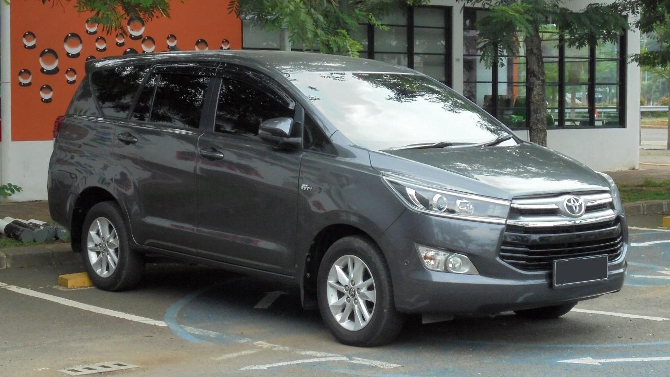 Sewa Mobil Innova Reborn Samarinda
